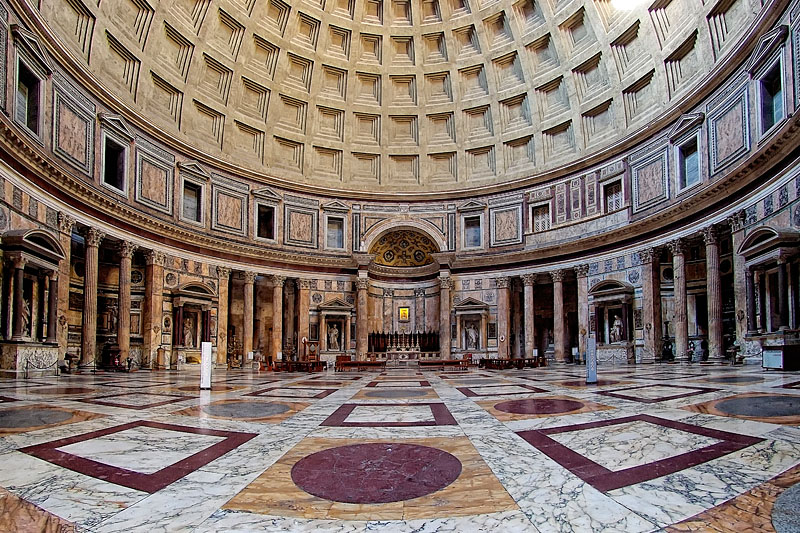 Pantheon interior. Sursa foto: commons.wikimedia.org